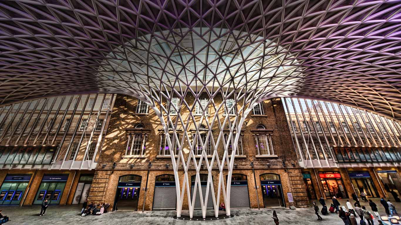 Western Concourse At Kings Cross Station London England