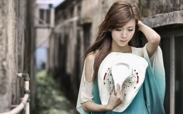 Beautiful Girl Asian Alley Hat Photo Hd