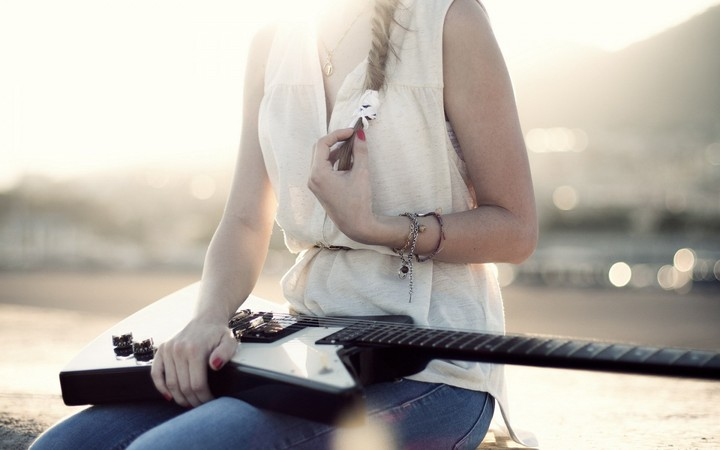 Girl And Guitar Wallpaper By Roseolesen Revelwallpapers Net