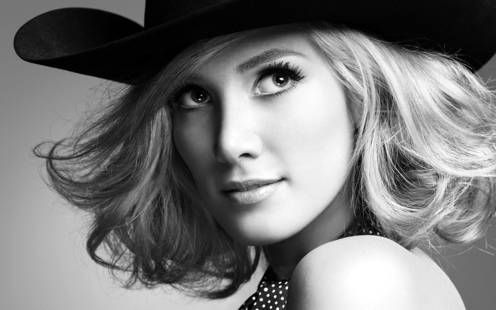 Delta Goodrem hd