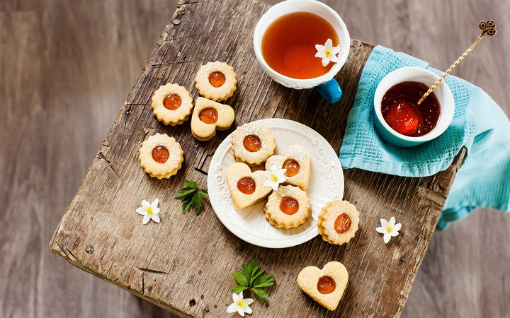 Food Cookies Tea Flowers Drink Cup Colorful 2560x1600