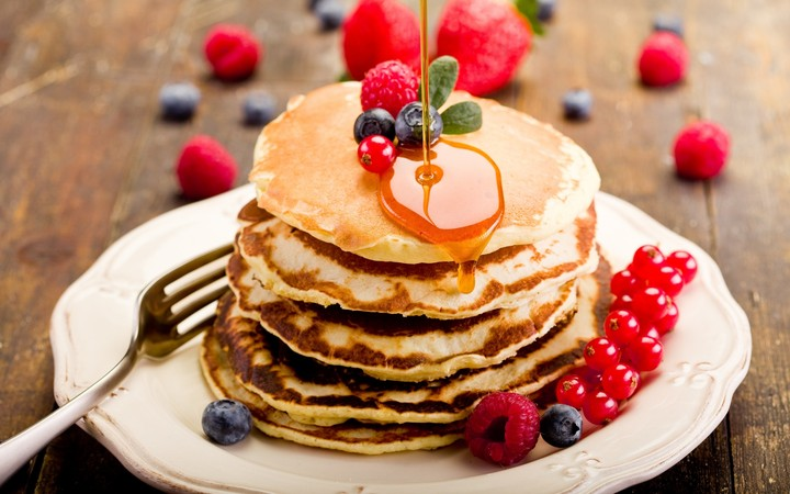 Food Pancakes Crepes Honey Plate Berries Blueberries Raspberries Currants Food