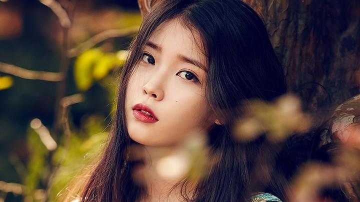 Iu Kpop Beautiful Korean Singer Wallpaper By Willwerock