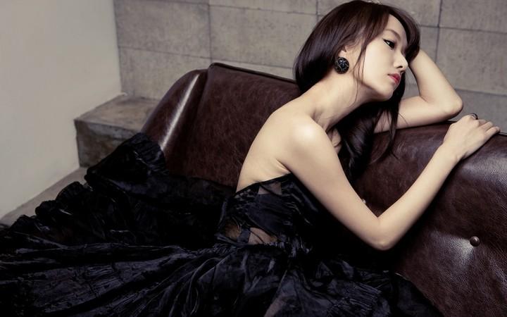 Lee Jung Hyun Kpop Singer Music Asian Korean Girls Cute Black Dress