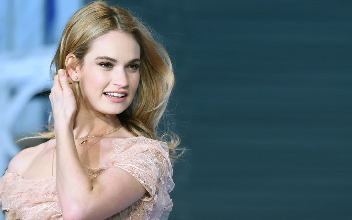 Lily James Computer