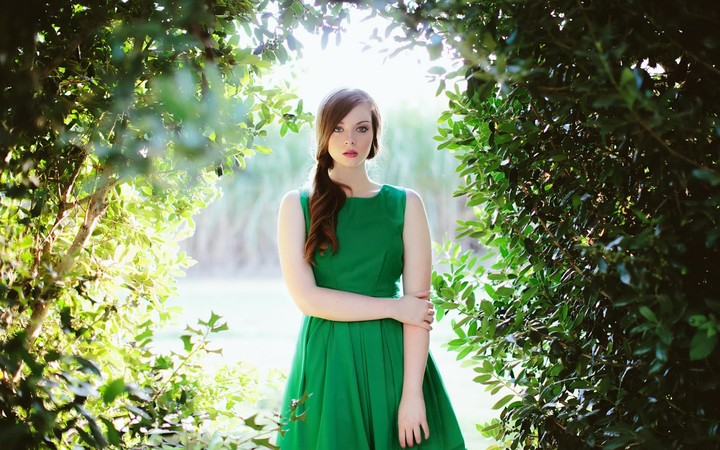 Lovely Girl Model Green Dress