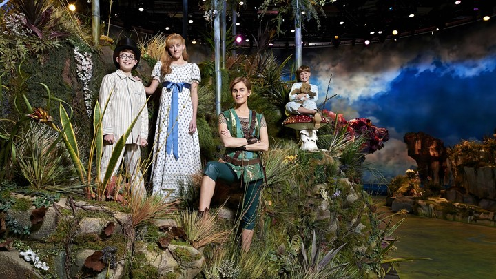Nbcs Peter Pan Live Starring Allison Williams And Christopher Walken