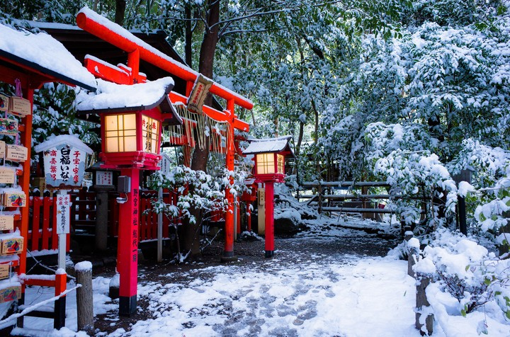 tokyo japan in winter season wallpaper by elirogers