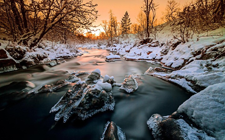 Winter landscape with river and sunset hd