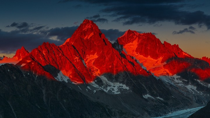 Red Topped Mountains