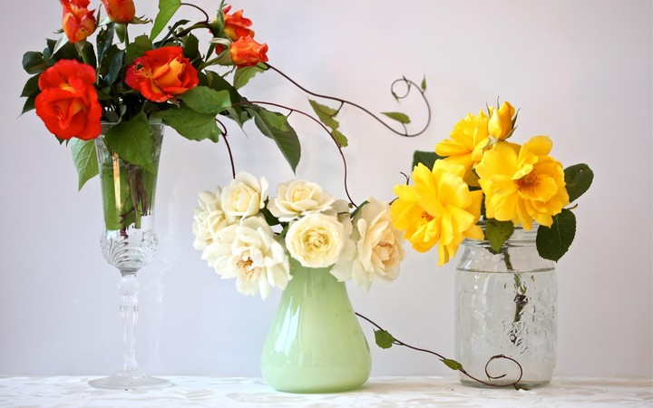 Roses Flowers Bouquets Three Different Vase Wineglass