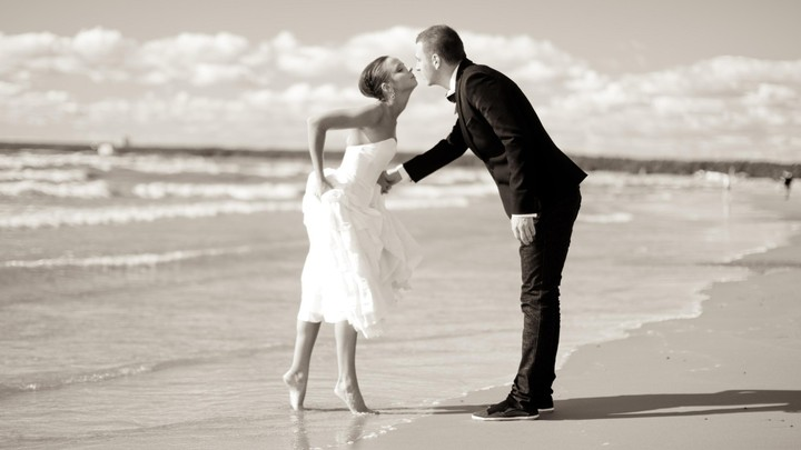 Vintage Wedding Beach Photography HD Background