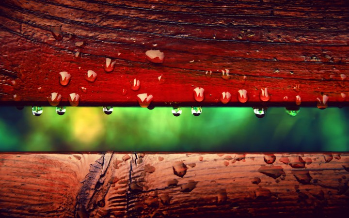 Water Drops In Wooden