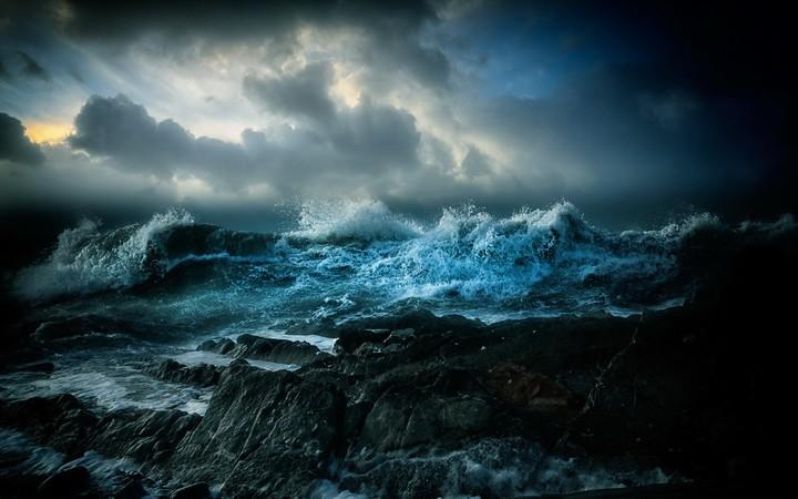 Ocean Storm Wallpaper By Kyouko Revelwallpapersnet